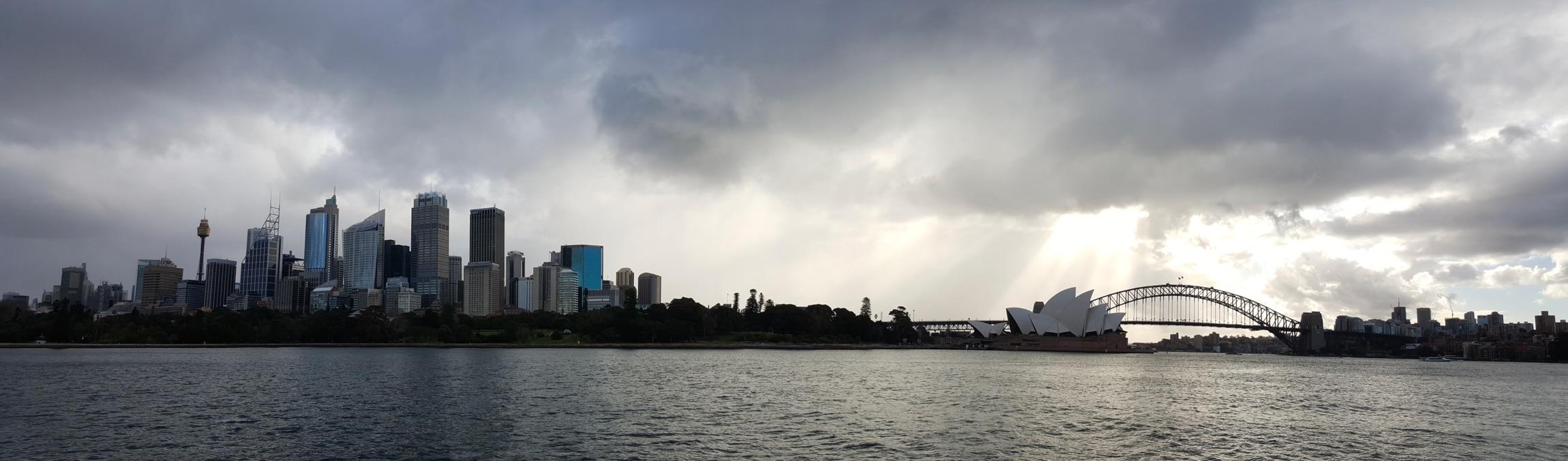 Photo de Sydney et de l'opéra lors d'un voyage en Australie pour le livre Chasseurs de pierres en Australie